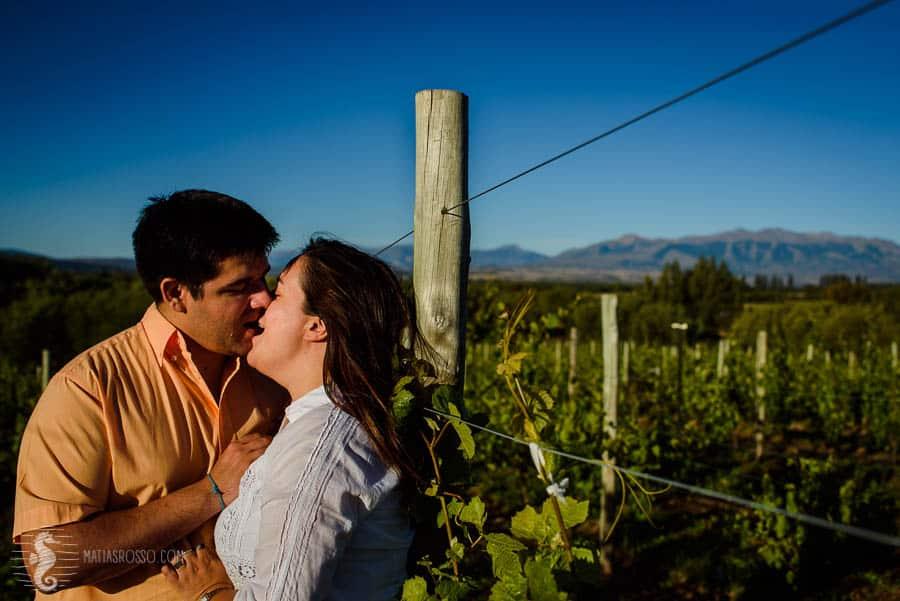 Maga + Seba – Sesión de novios en Patagonia. Fotógrafo de eventos, casamientos, bodas en Trevelin y Esquel Chubut